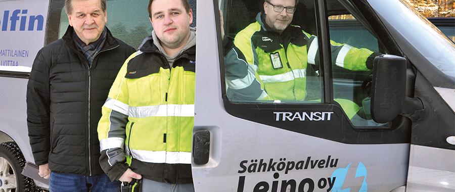 Sähköpalvelu Leinon miehet ja Osmo Siira, joka auttoi sukupolvenvaihdoksessa